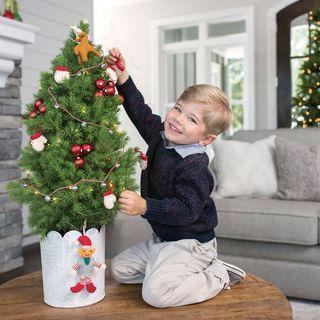 Holly Jolly Elf Tree