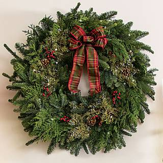 24-inch Classic Christmas Wreath