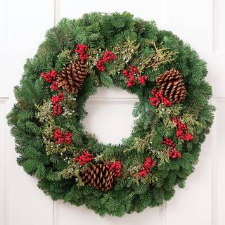 Holiday Berry Wreath 24-inch Image