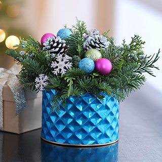 Modern & Bright Evergreen Centerpiece Image