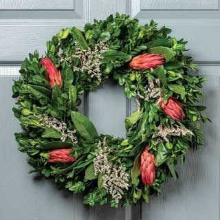 Protea Wreath Image