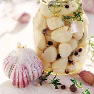 Garlic Chesnok Red Image