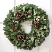 Holiday Memories Wreath 24-inch