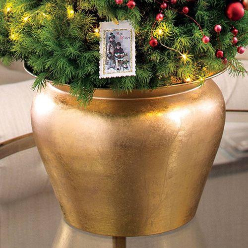 Merry Memories Deluxe Tree