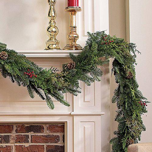 Classic Christmas Garland