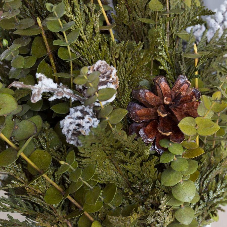 Snow Flurry Arrangement