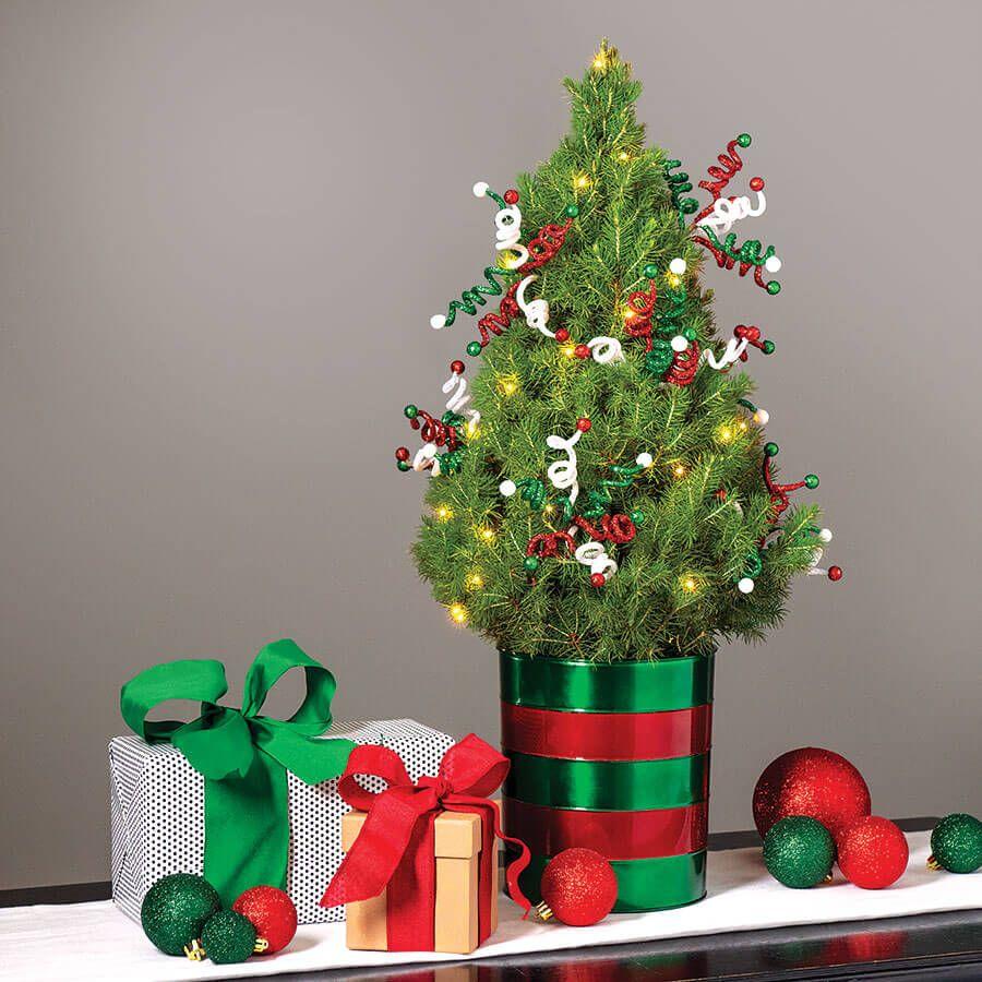 Merry & Bright Tree Image