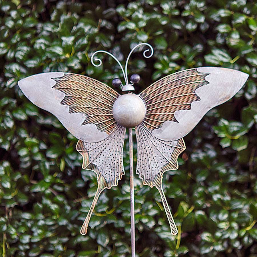 Iron butterfly garden pick from jackson perkins for Outdoor butterfly ornaments