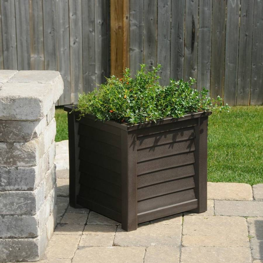 Lakeland Patio Planter